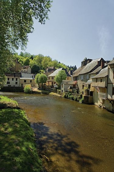 Riverside Limousin village