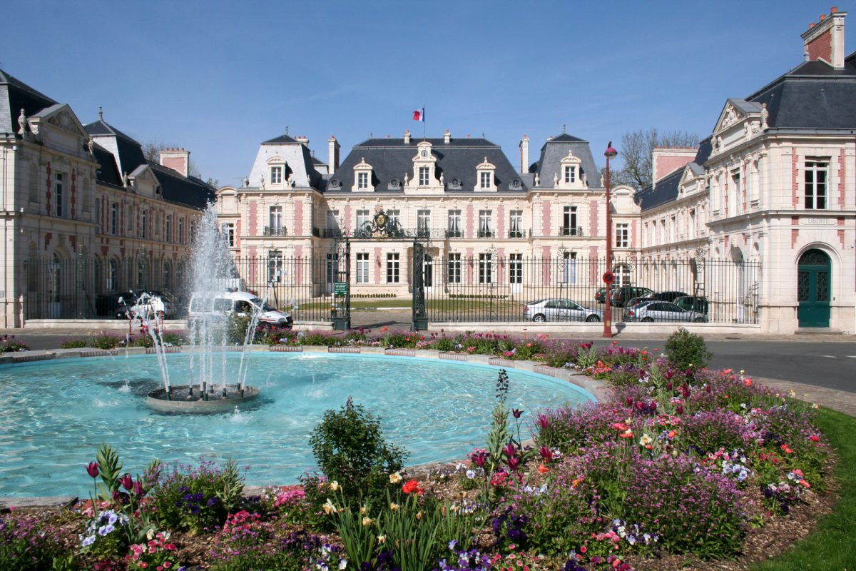grand property in the town of Poitiers France