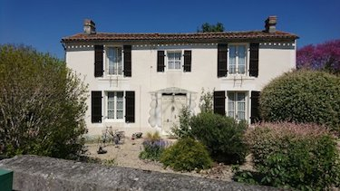 stone house French Property viewing