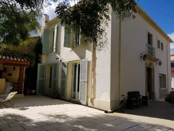 Maison de Maitre Former Winemakers House